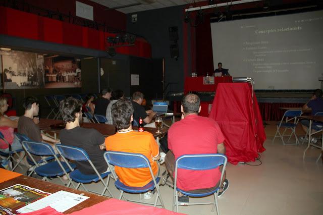Xerrada introduct&ograve;ria al programari lliure i als sistemes GNU/Linux de l'Oriol Gonz&aacute;lez Llobet de GnuLinux.cat. <b>Autora: Gemma Castillo</b>