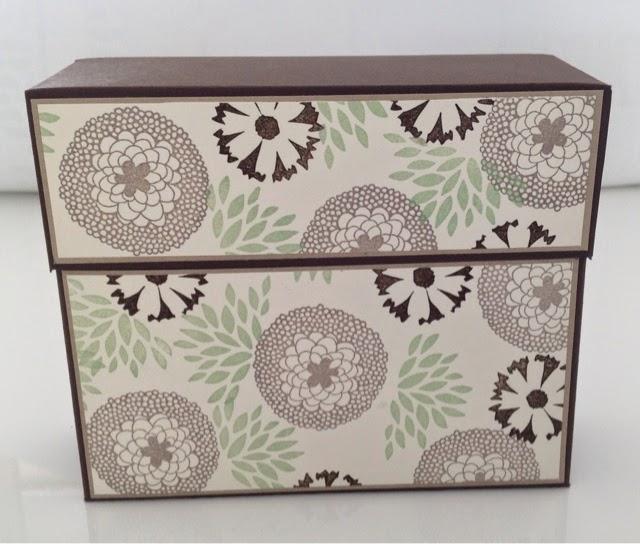 My own creations kaartenbox voor op je bureau for Ladeblok voor op bureau
