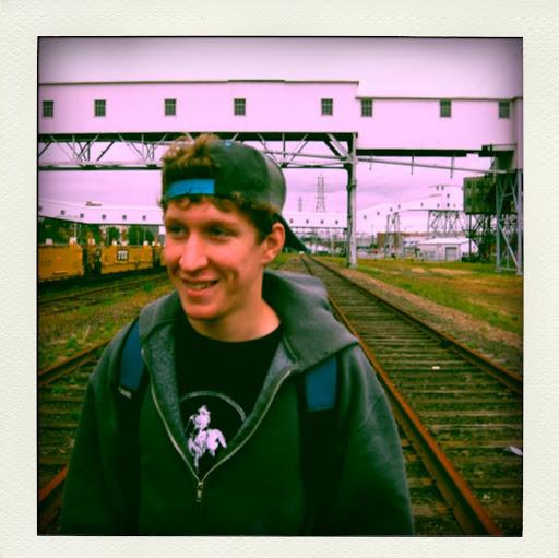 Sean Esten Photo 2