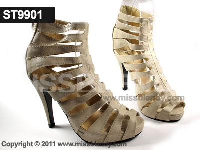 รองเท้าส้นสูงสไตล์ Gladiator