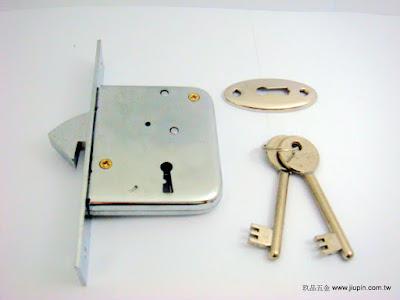 裝潢五金品名:356-合室暗鉤鎖規格: 型式:雙面鎖玖品五金
