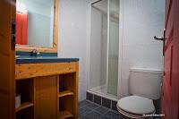 badkamer-met-douche.jpg