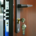 deblocare usa metalica Deblocare uşă metalică