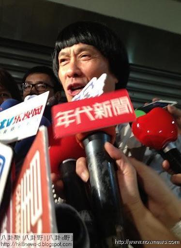 ▲豬哥亮出席謝金燕的演唱會,讚說:「很棒!」(記者林士傑/攝影)