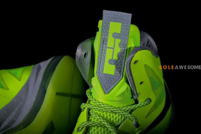 nike lebron 10 gr atomic volt dunkman 2 06 Finally a Decent Look at Nike LeBron X Volt Dunkman!