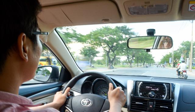 Ezbook sở hữu một đội ngũ nhân viên tài xế thông thạo các tuyến đường