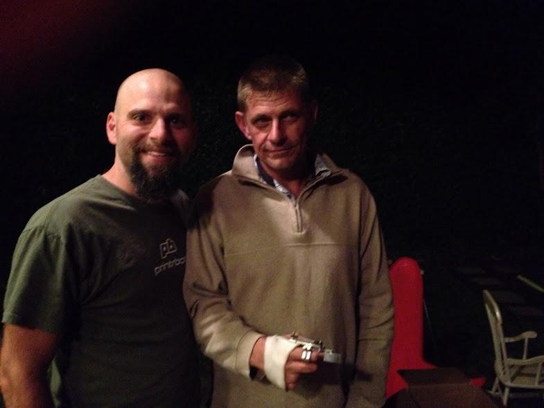 Brook Drumm (links) und Richard Van As (Robohand)