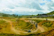 Motocross Mountain Tracks Quirino