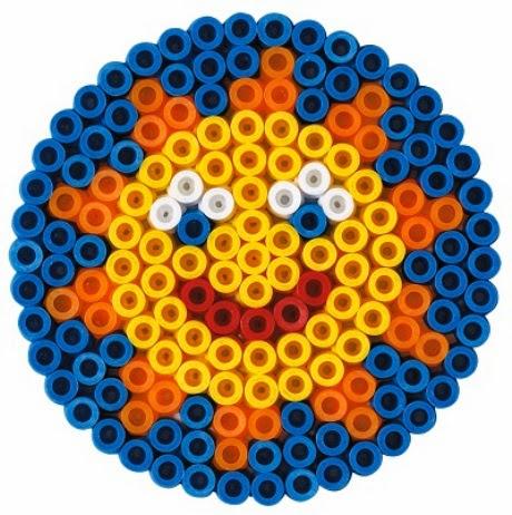Khuôn hình tròn trong bộ đồ chơi xếp hình Hama 8914 Souvenirs Sun