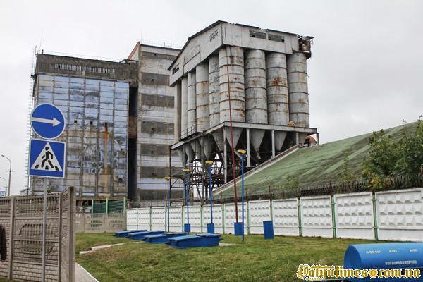 Колишній елеватор на вул. Яровиця