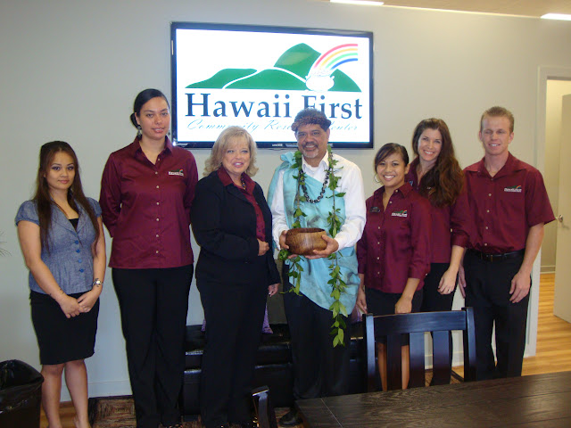 Hawaii First FCU staff with local religious leader, Kumu Koh'okele Crabbe, following the blessing ceremony.