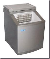 Генератор льда в виде кубика - вода течет по формочке и намораживается как сосулька