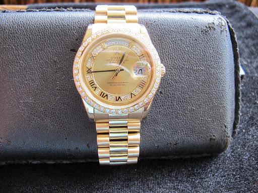 Bán đồng hồ rolex day date chính hãng – model 118238 – Mặt Hột Xoàn Special – Vành kim cương – 36mm