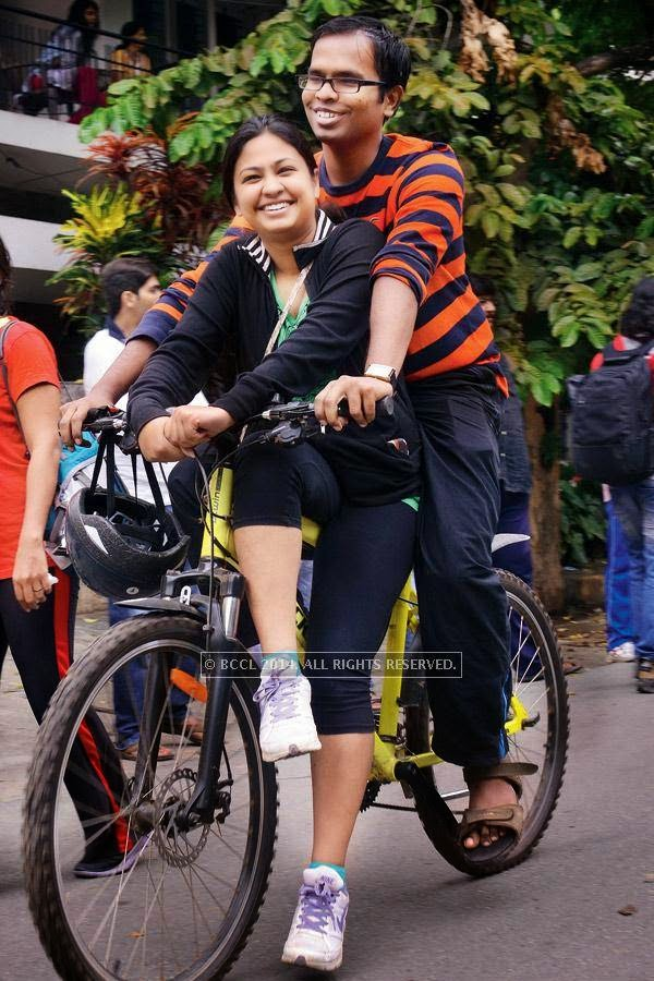 People enjoying during the Cycle Day celebrations, in Bangalore.