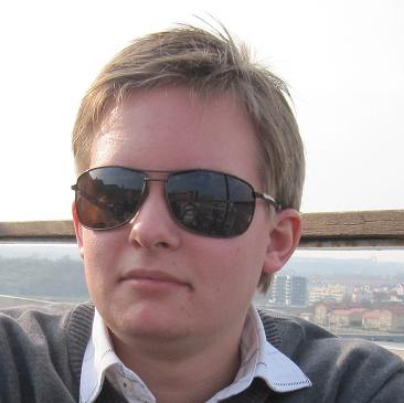 Niklas M