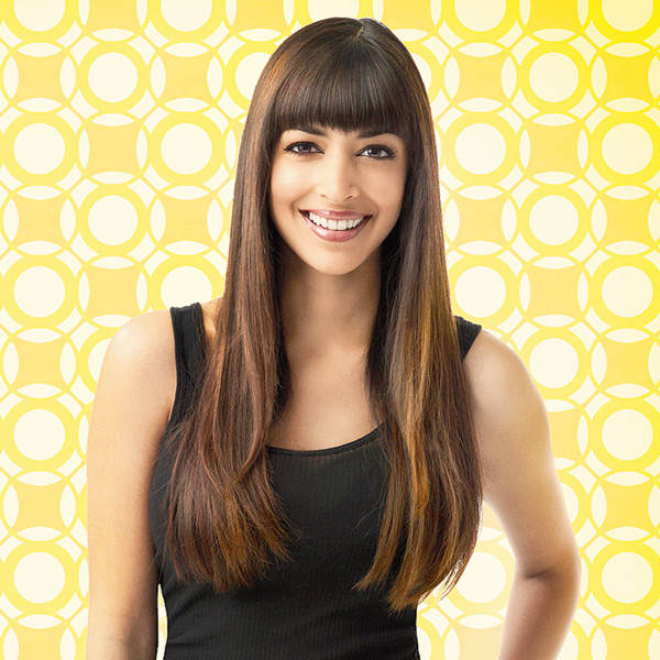 Hannah Simone plays the character of Cece Parekh on New Girl.