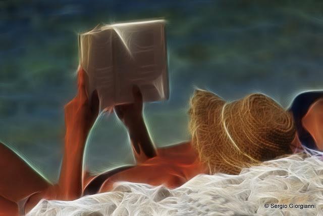 leggere in topless