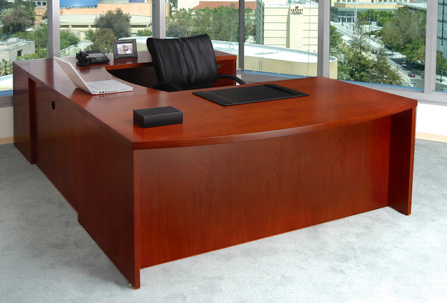 Safco Mayline Mira Bow Front Desk