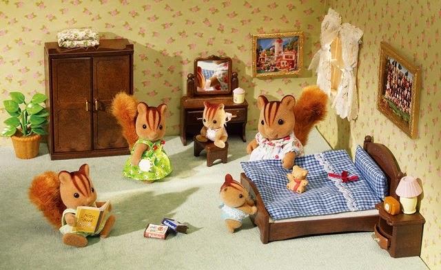 Nội thất phòng ngủ khi chơi cùng búp bê Sylvanian Families