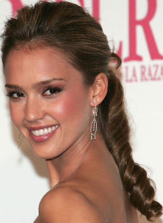 Prom Hairstyle Pictures - 2011 Prom hairstyle Ideas