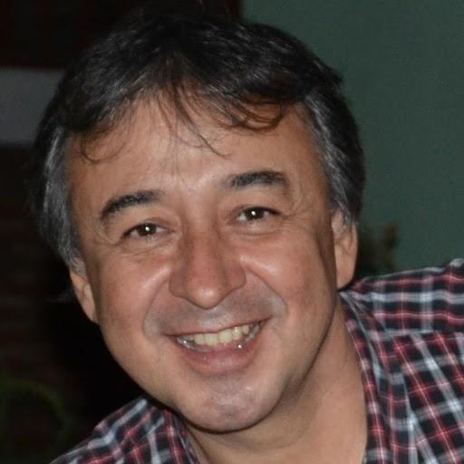 Gustavo Riquelme Photo 12
