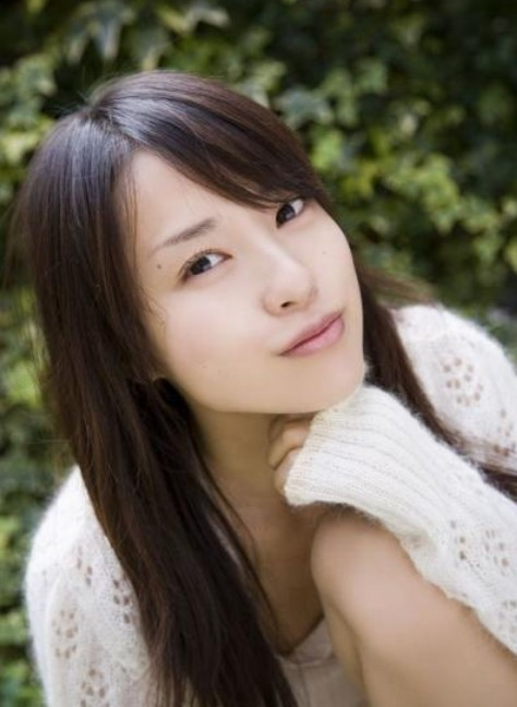 Toda Erika is a gravure idol and actress.:actress,Japanese girl,cospaly 0