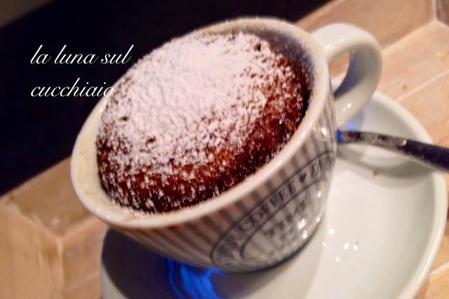 tortine veloci al microonde con caffè e cardamomo