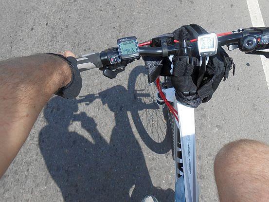 Giant-Lenker-Vorbau mit Bike-Computern VDO MC1.0 & Sigma BC 2006 MHR und improvisierter Lenkertasche