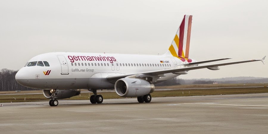 Germanwings pilot was locked out of cockpit
