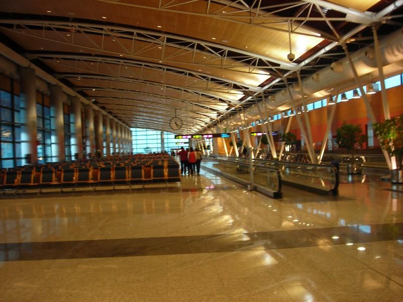 Comprar vuelos baratos marzo 2011 for Oficinas aena madrid