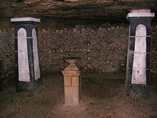 парижские катакомбы