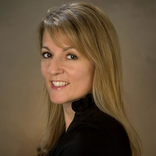 Brigitte Beltran Photo 9