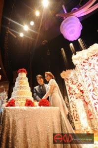 zed zaidi nelly natalia potong kek perkahwinan 7 tingkat 199x300 GAMBAR KAHWIN MAJLIS RESEPSI ZED ZAIDI NELLY NATALIA