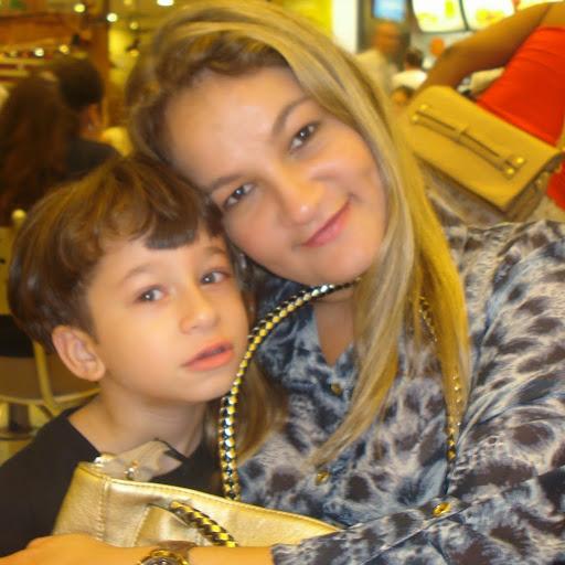 Denise Farias