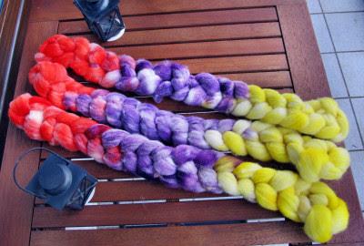 Wollmoni´s gefärbte Southdown Fasern