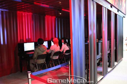 Gstar 2011: Toàn cảnh gian hàng Blizzard Entertainment 18