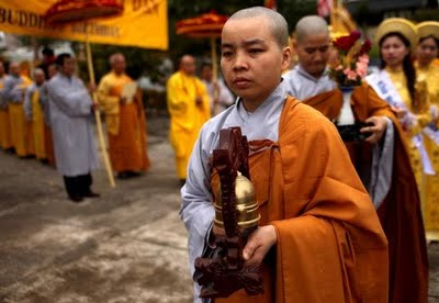 Ordaining Nuns In Theravada Buddhism Image