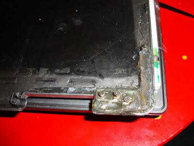 Ноутбук ASUS z99 - восстановить крепление экрана