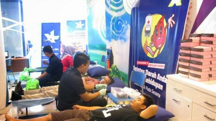 Angpau di Acara Donor Darah XL Banjarmasin