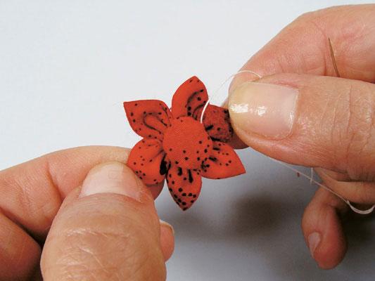 flor de fuxico pronta