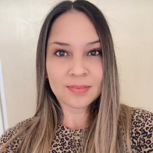 Valerie Mendoza Photo 39