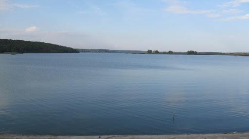 рогозянское водохранилище вид с дамбы