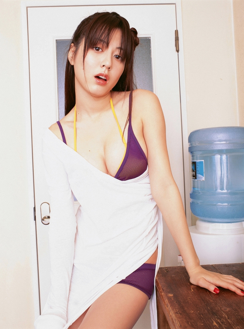 Yumi Sugimoto Japanese Girl Sexy Picture Line Girl