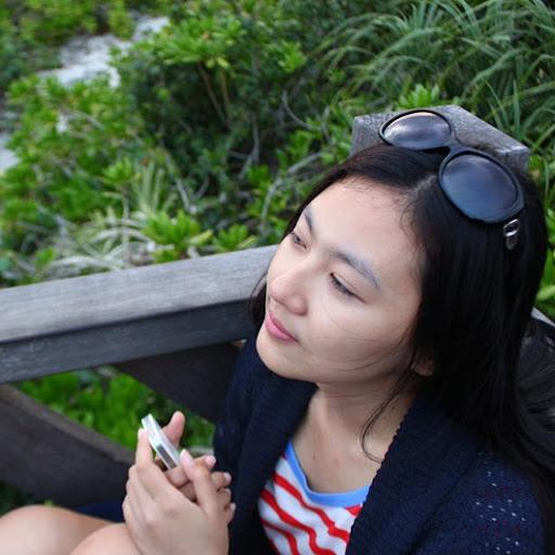 Hannah Yuan Photo 9