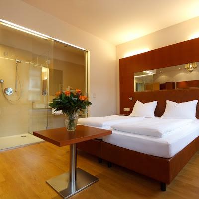 Hotel Stadt Wien, Badstraße 8, 4701 Bad Schallerbach, Austria