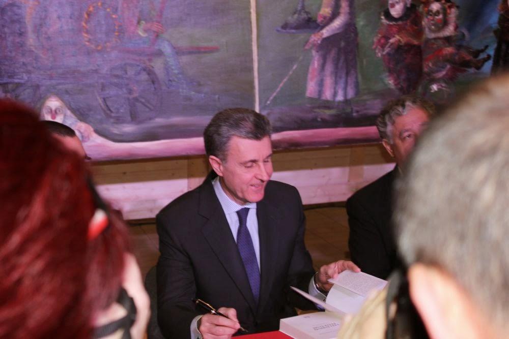 ASR Principele Radu - Lansare de carte regală, găzduită de Teatrul Municipal din Baia Mare