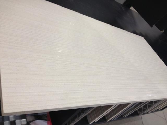Entiva Ferrari white tile