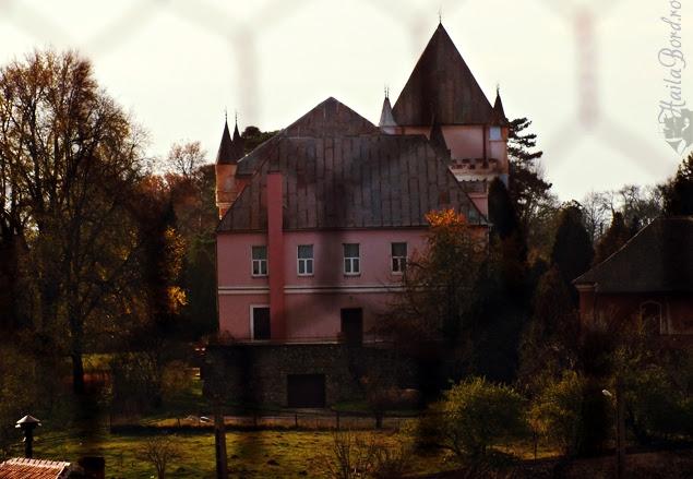castel santamaria orlea