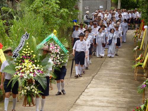 Ban Hướng Dẫn Trung Ương GĐPTVN & GĐPT Lâm Đồng phúng viếng – tưởng niệm Giác Linh Sư Bà Hải Triều Âm