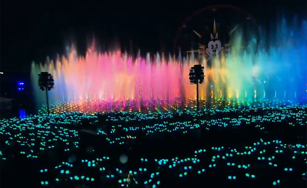 Put On Your Mickey Ears And Glow With the Show